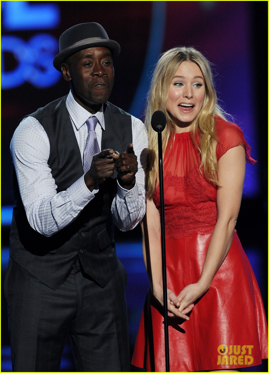 kristen bell don cheadle peoples choice 2012 02