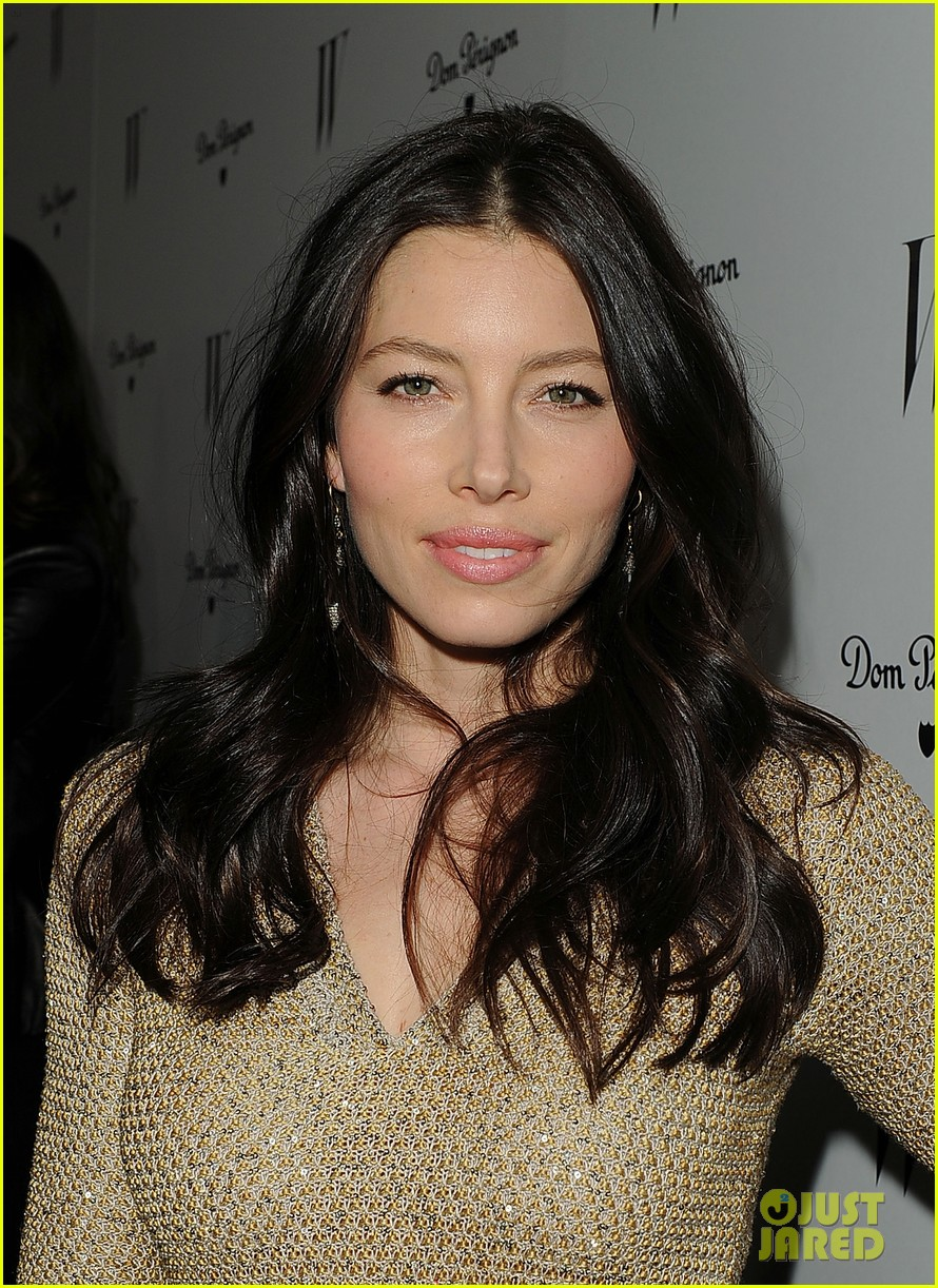 jessica biel charlize theron w mag party 17