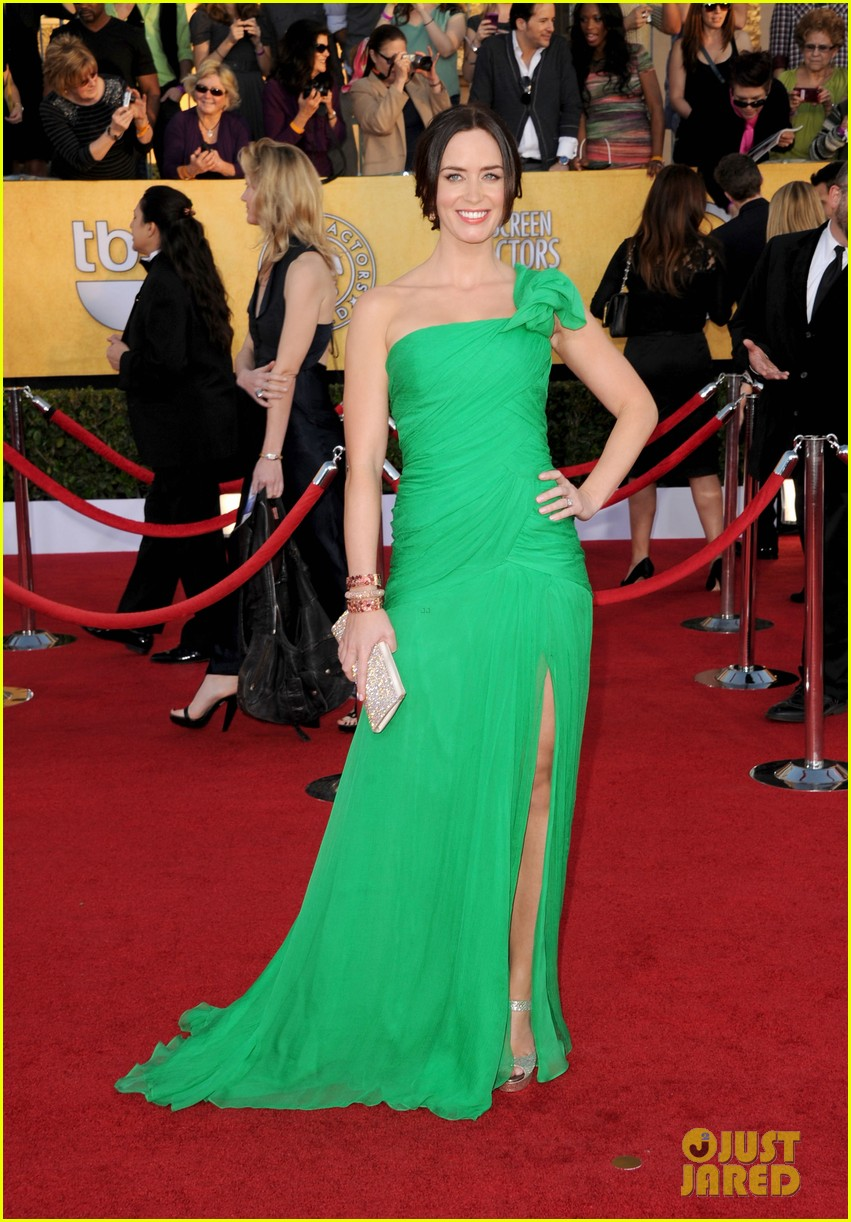 emily blunt sag awards john krasinski 04
