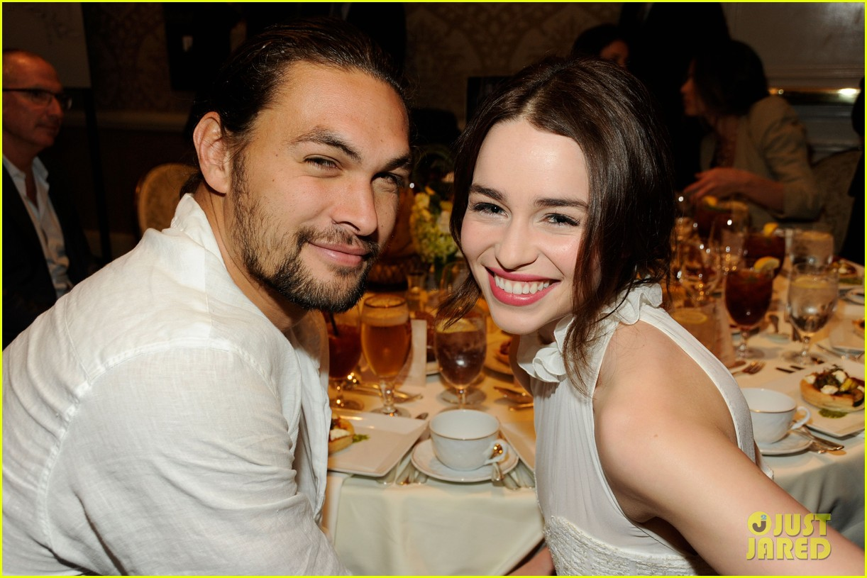 emilia clarke afi awards 2012 with jason momoa 032617395