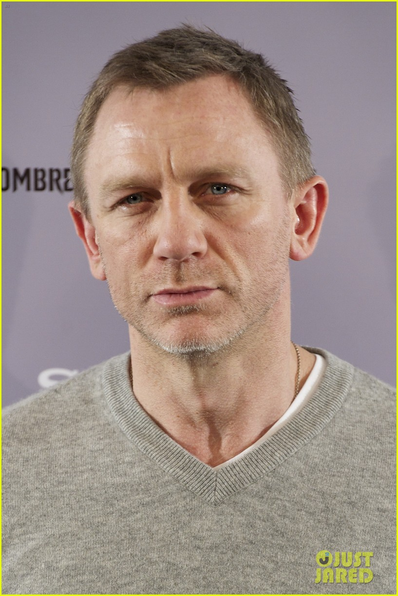 daniel craig rooney mara dragon tattoo madrid photo call 01