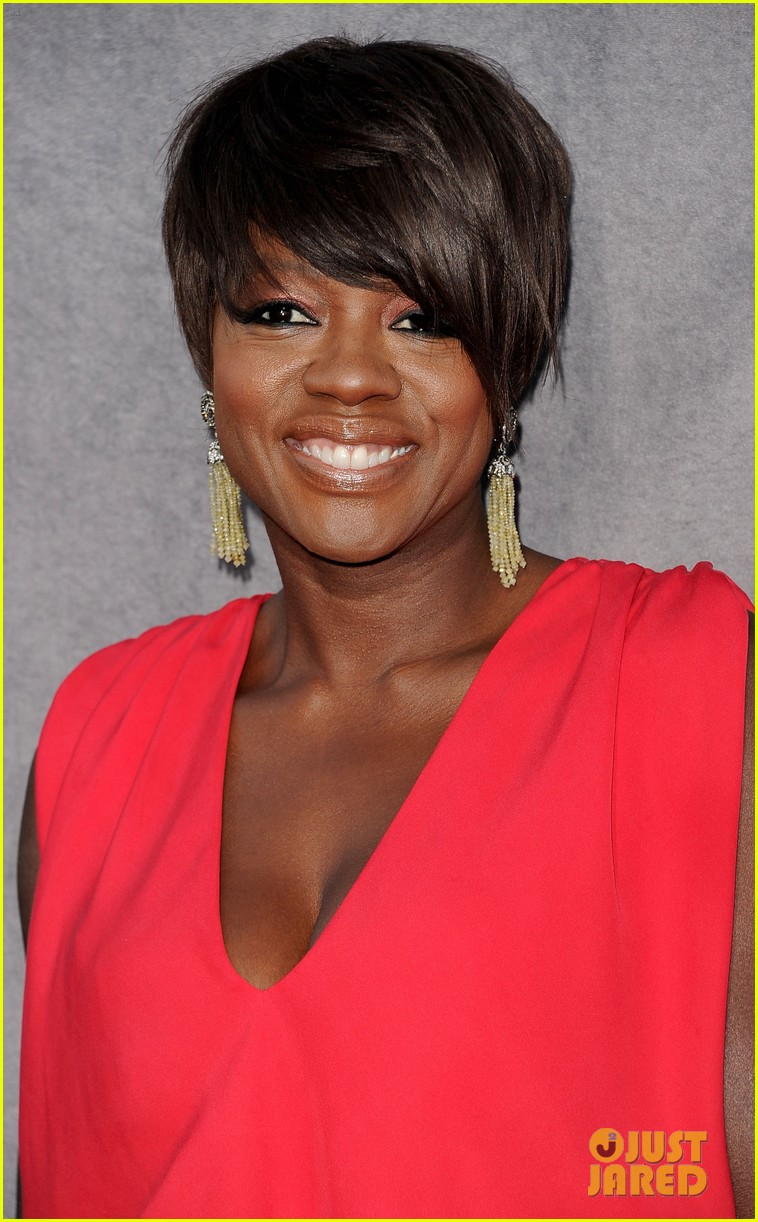 viola davis octavia spencer 2012 critics choice awards 08