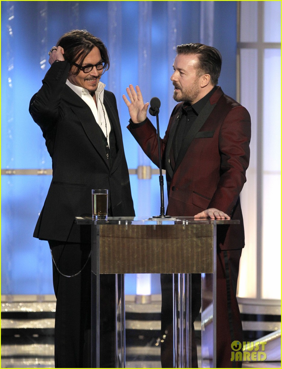 johnny depp jake gyllenhaal golden globes 02