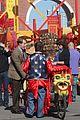 zach galifianakis will ferrell dog fight in chinatown 09