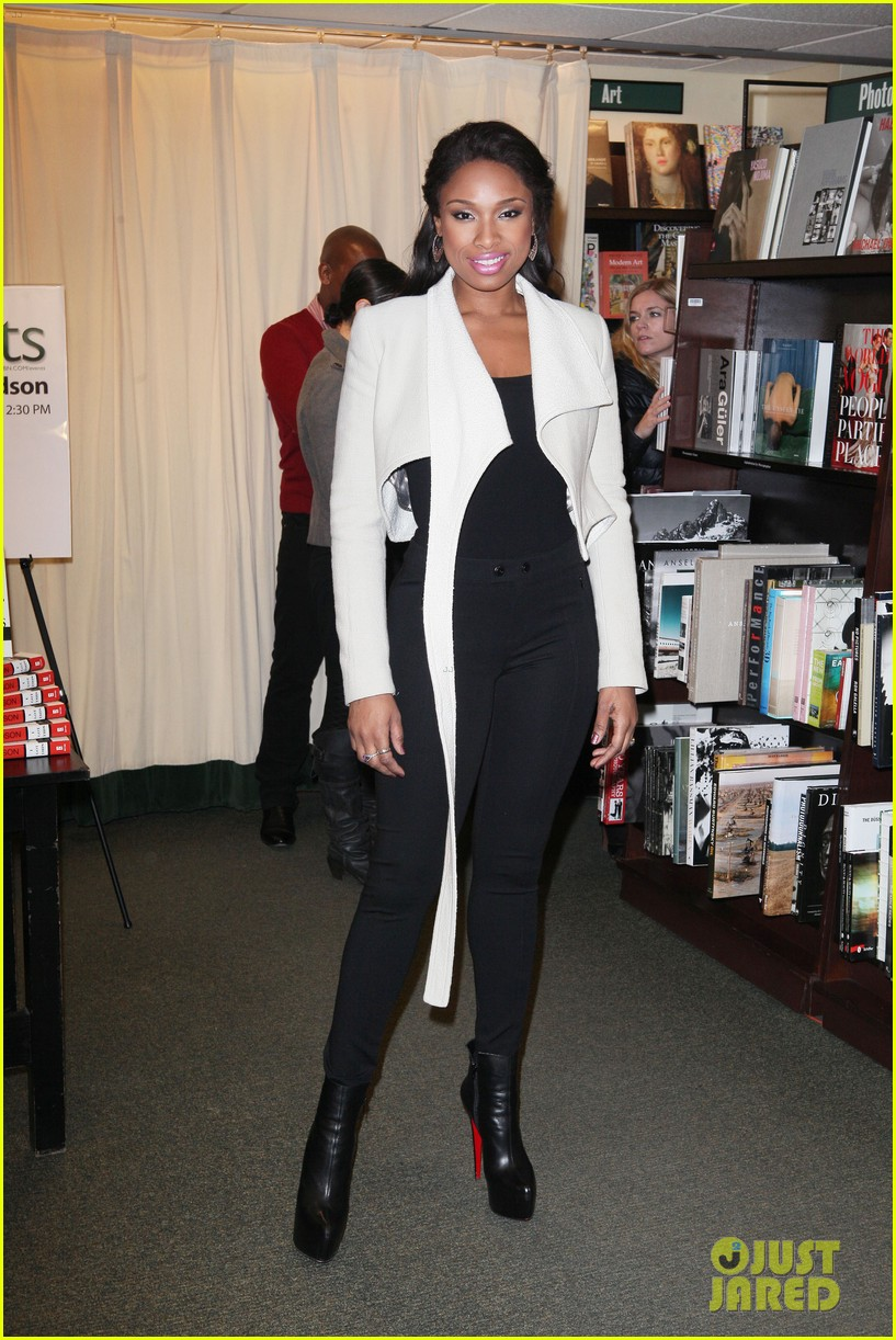 jennifer hudson i got this barnes noble 06