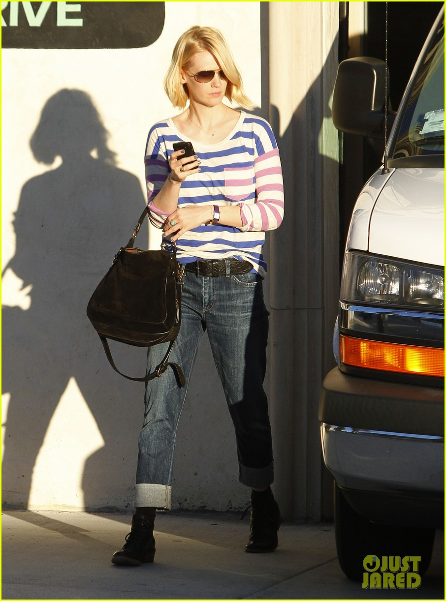 january jones shopping doctor 01