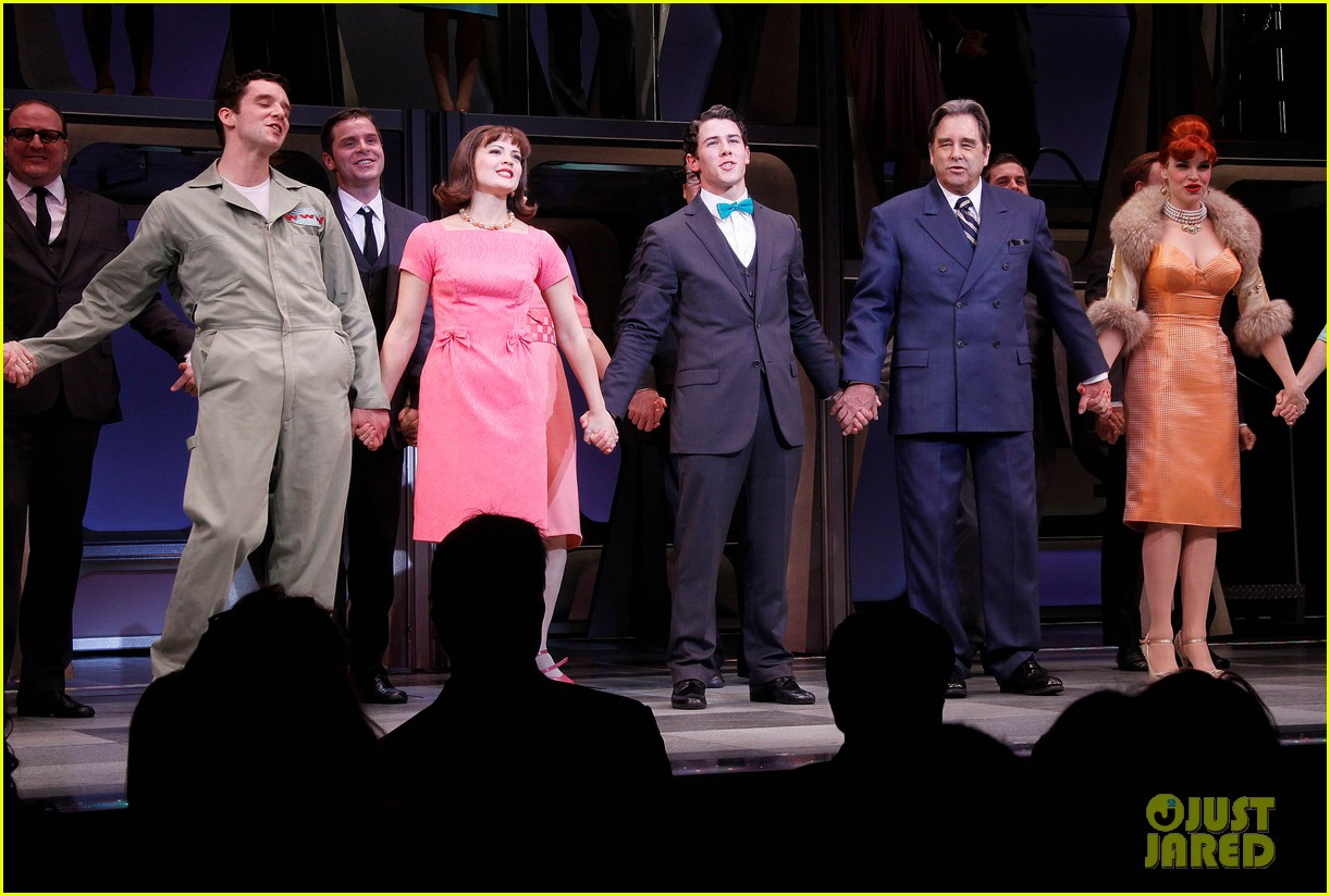 nick jonas how to succeed debut 17