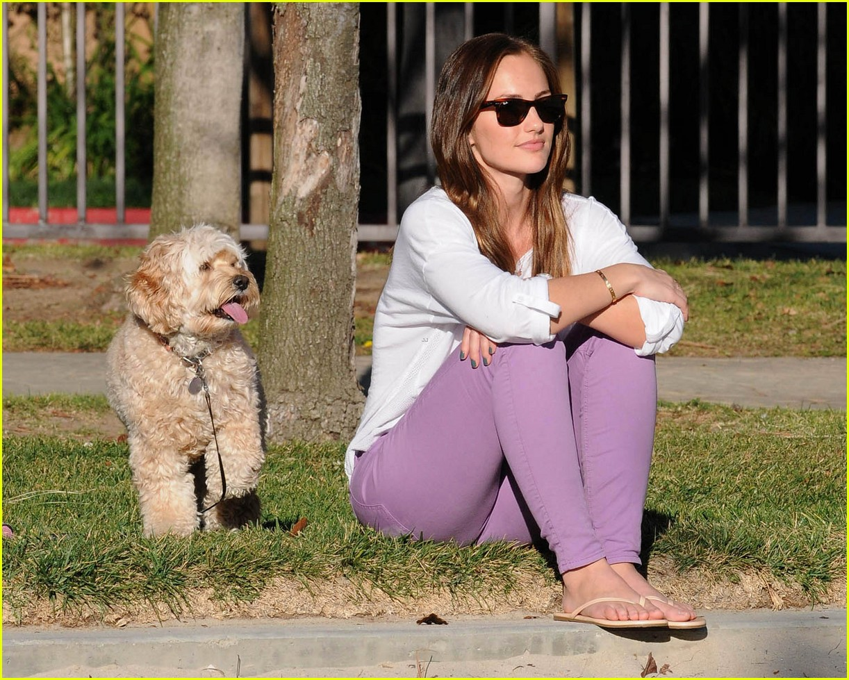 minka kelly dog day afternoon 02