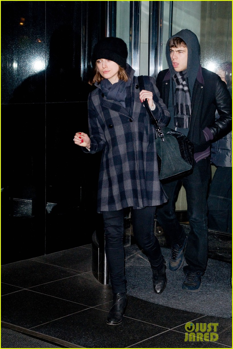 keira kinightley james righton manhattan mates 04