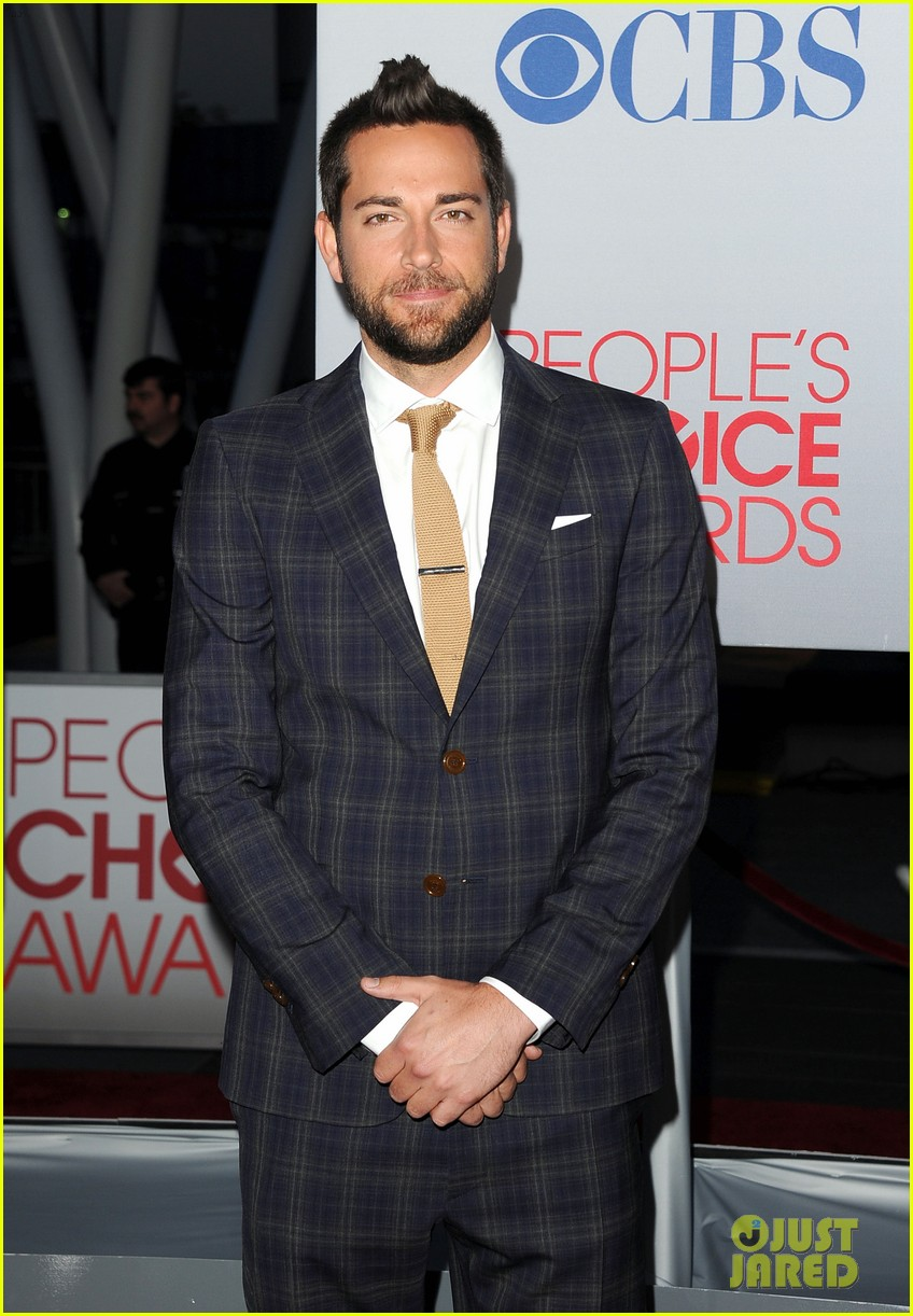 adam levine zachary levi peoples choice 2012 20