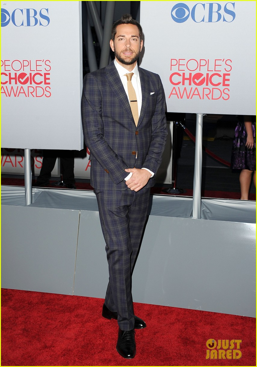 adam levine zachary levi peoples choice 2012 24