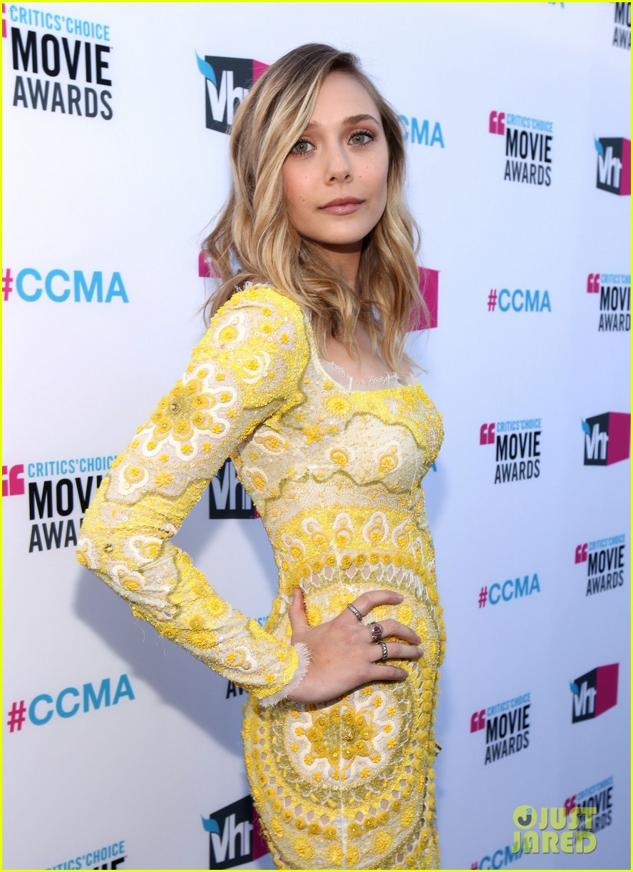 elizabeth olsen 2012 critics choice awards 05