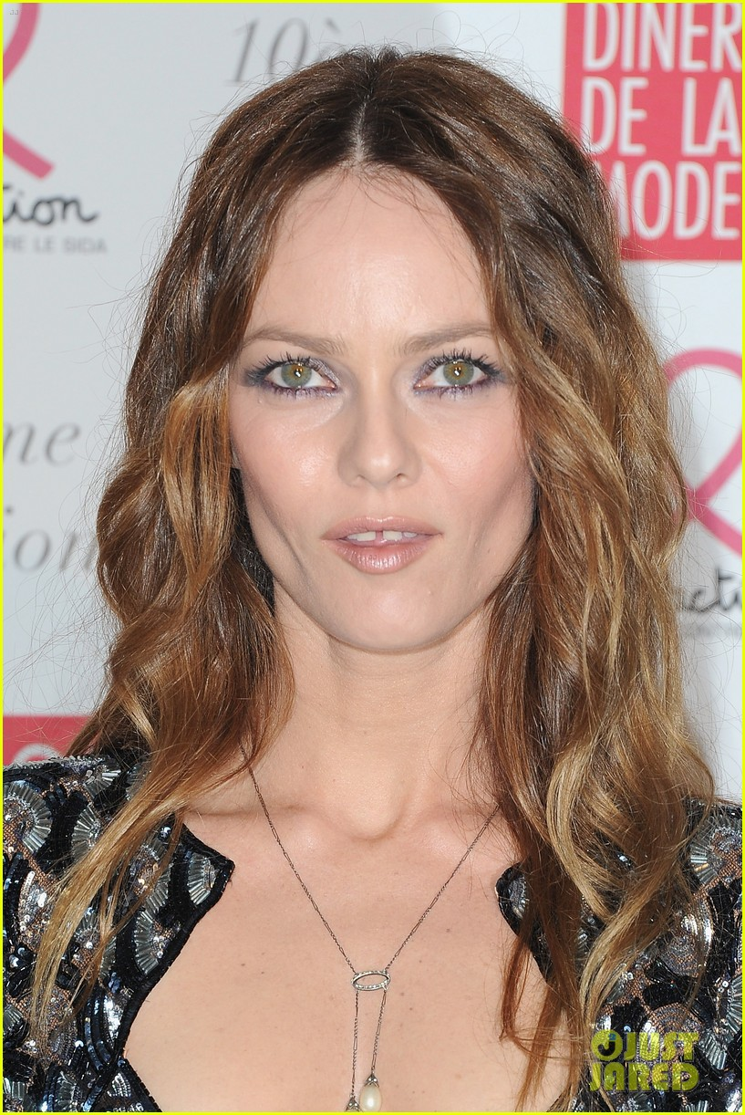 vanessa paradis sidaction dinner 01