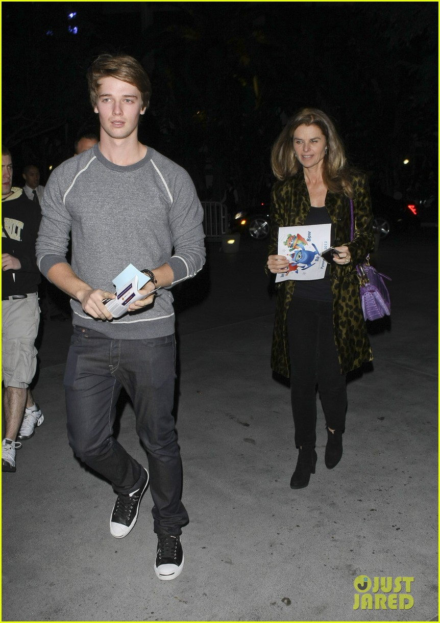 maria shriver patrick schwarzenegger staples center 05