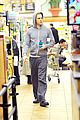 chris pine grocery store toiletries 05