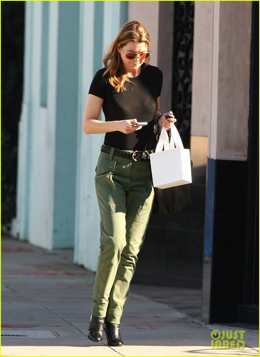 ellen pompeo shopping texting 022615733