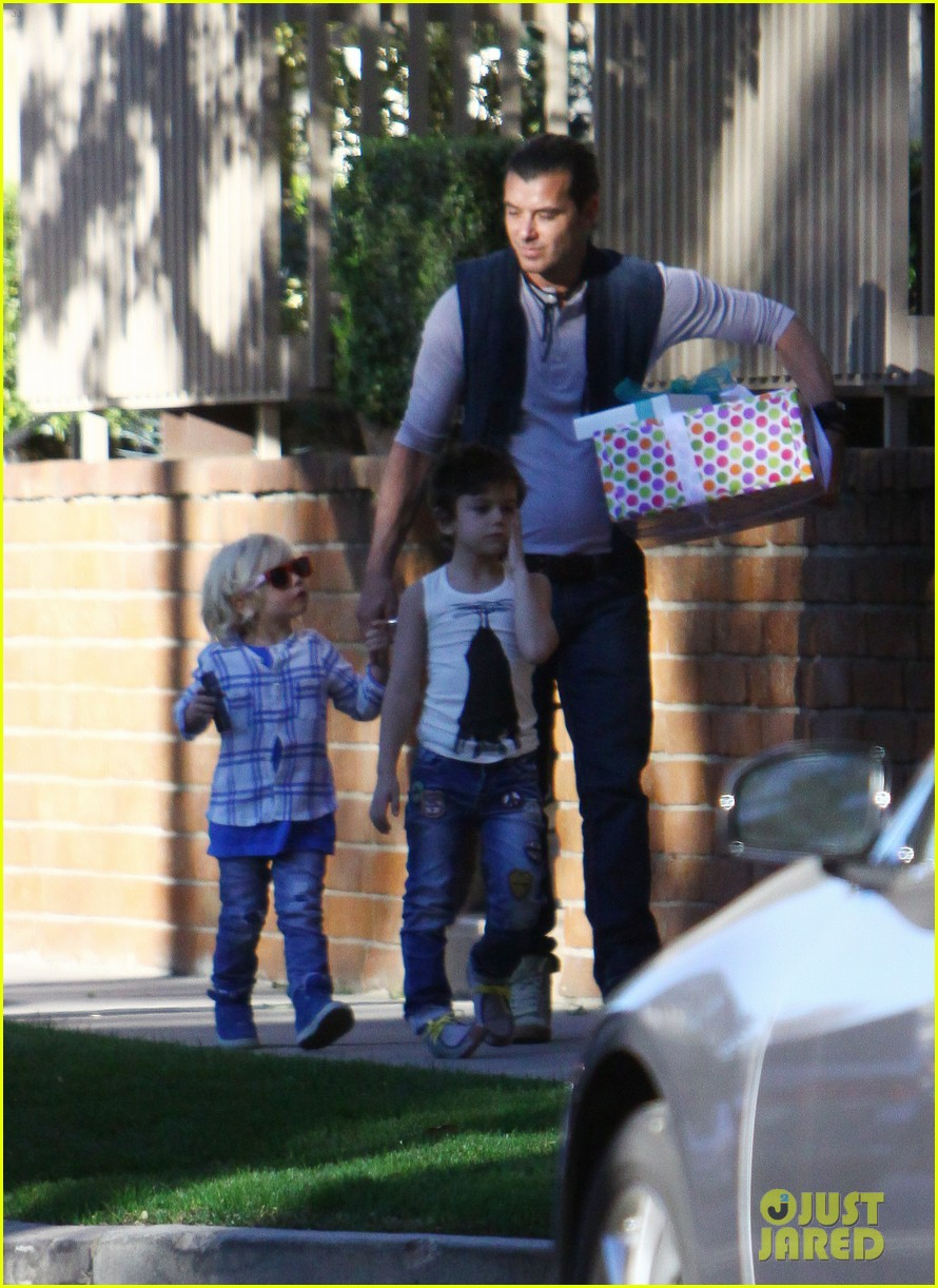 gavin rossdale birthday party boys 05