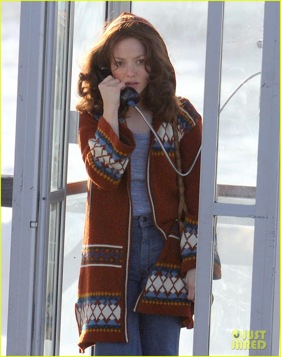 amanda seyfried films in phone booth 06