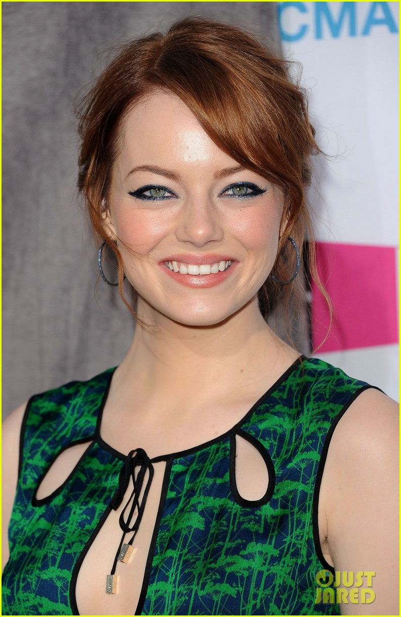 emma stone 2012 critics choice awards 032617077