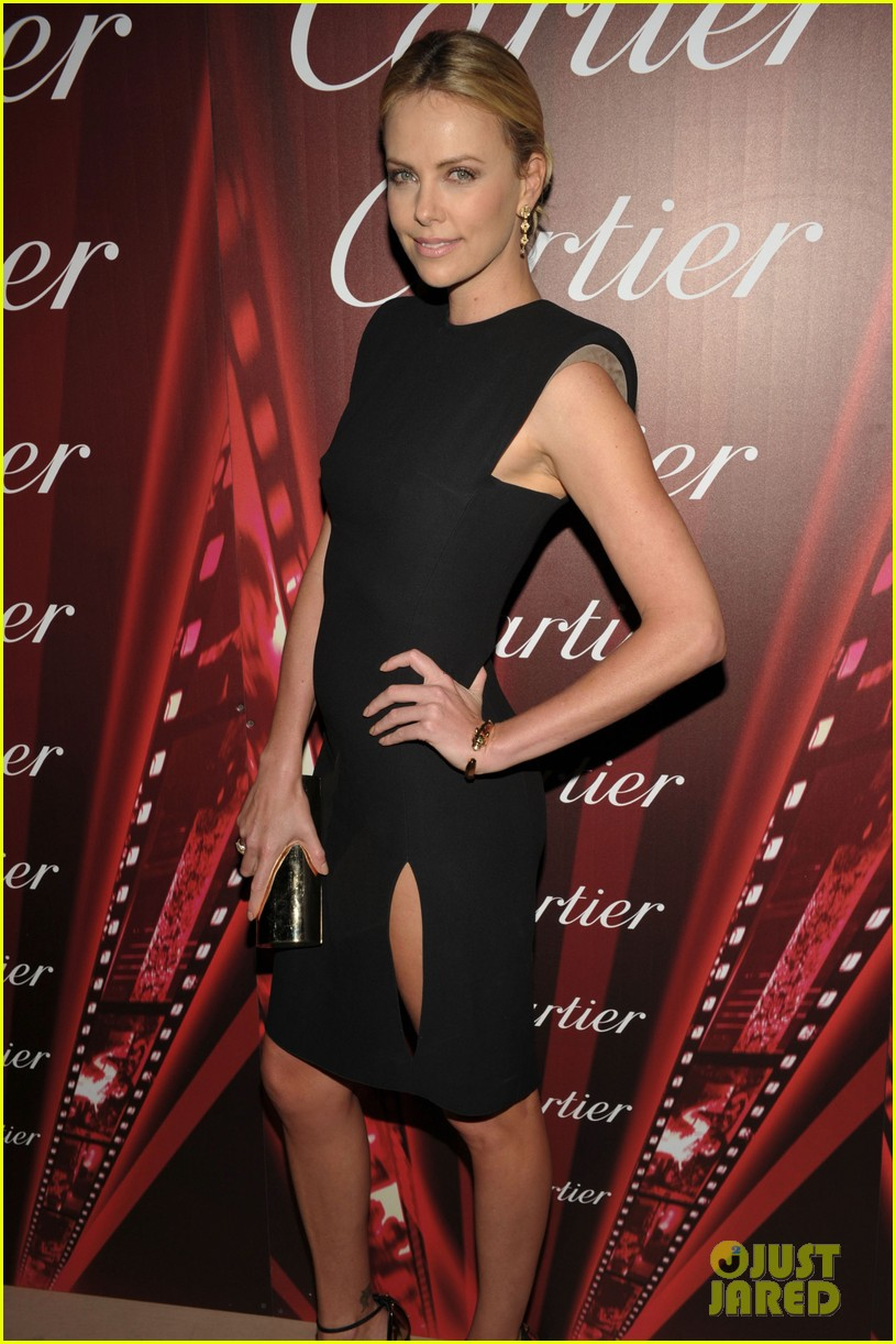 charlize theron palm springs ensemble award 10