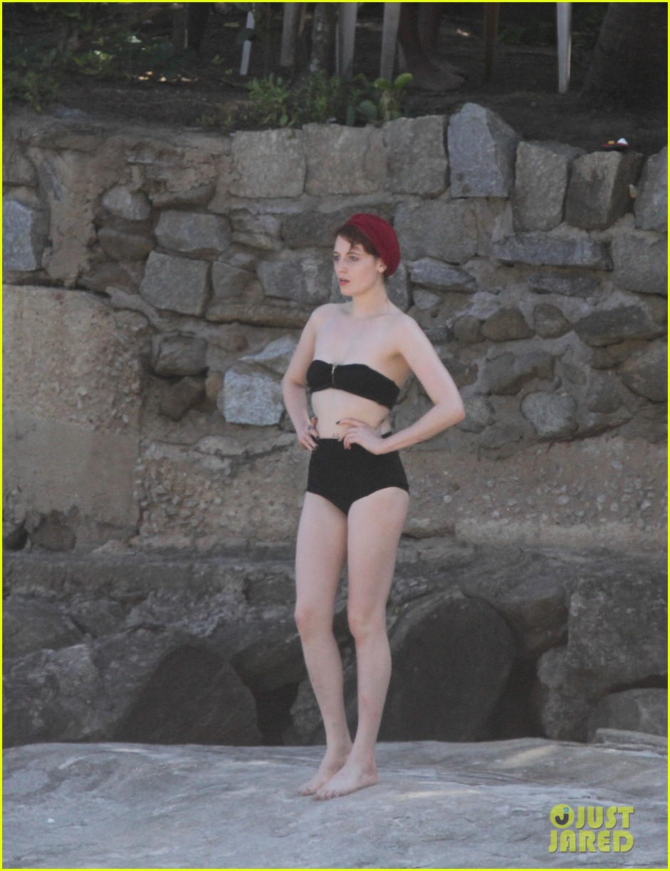 florence welch hits the beach with new boyfriend 162620124
