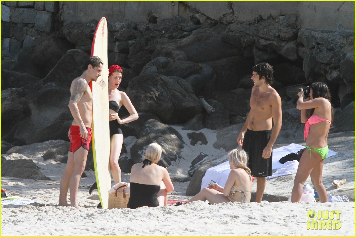 florence welch hits the beach with new boyfriend 272620135