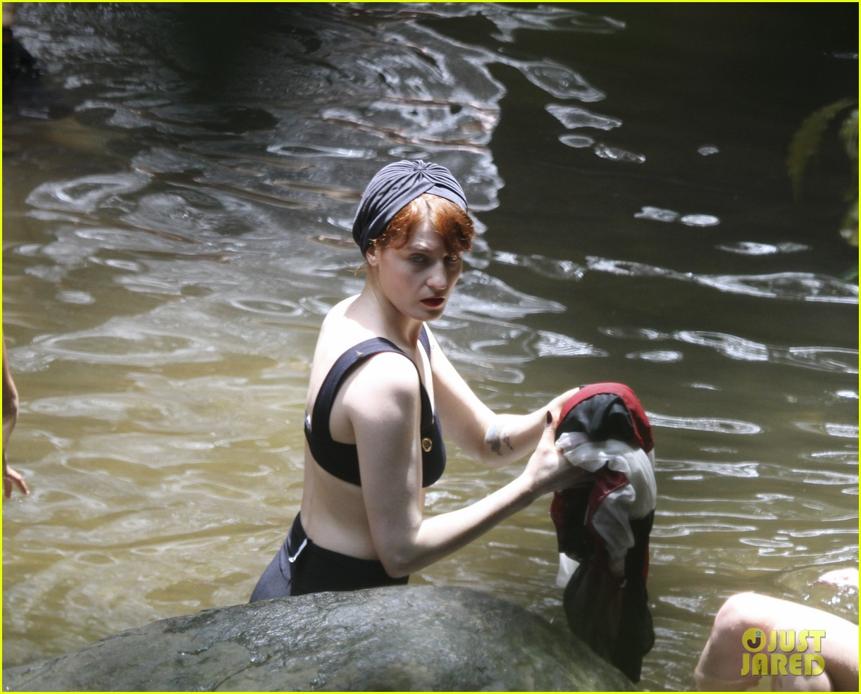 florence welch bikini brazil 17