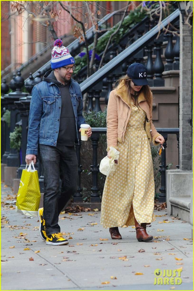 olivia wilde jason sudeikis afternoon take out 092614156
