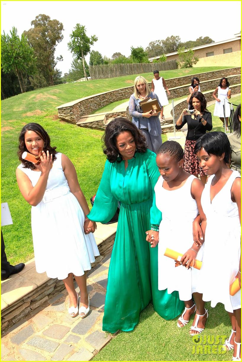 oprah winfrey leadership academy graduation 022617556