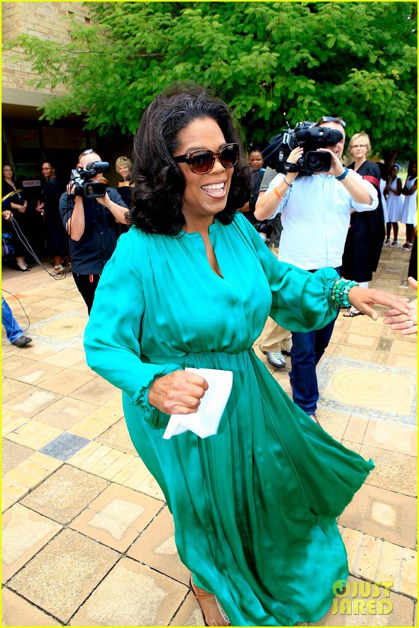 oprah winfrey leadership academy graduation 042617558