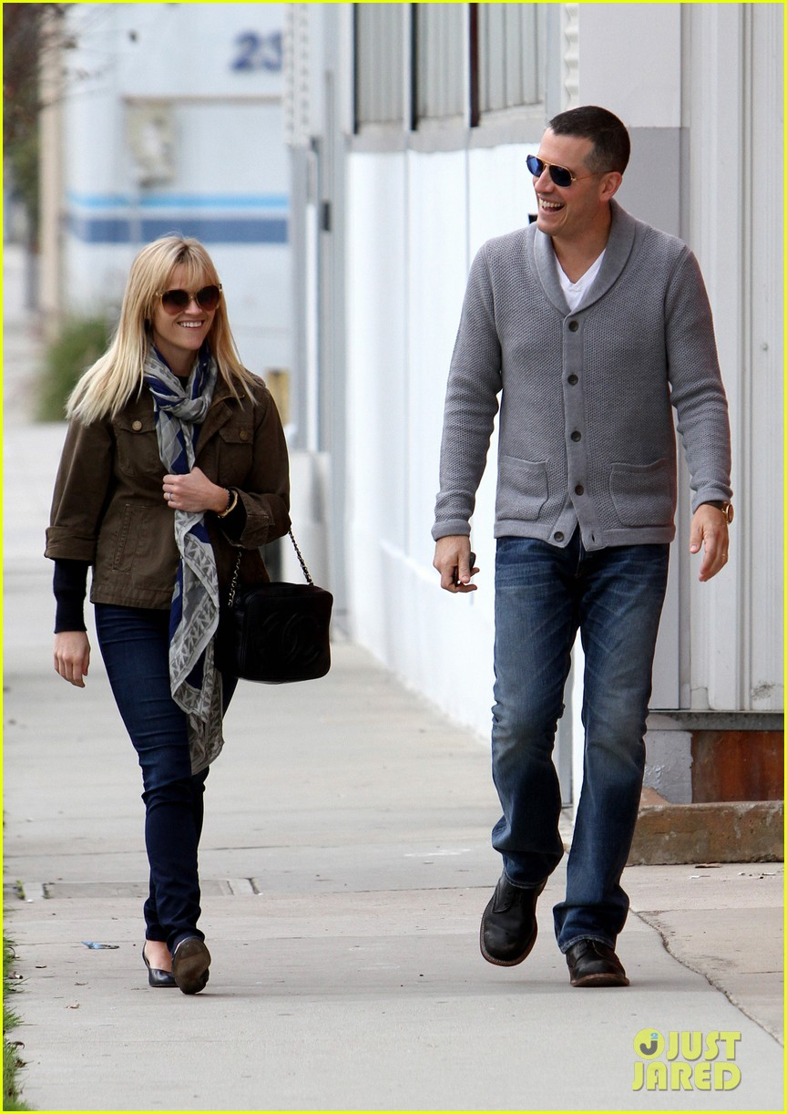 reese witherspoon jim toth sunday church 02