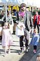 ben affleck daughters farmers market 19