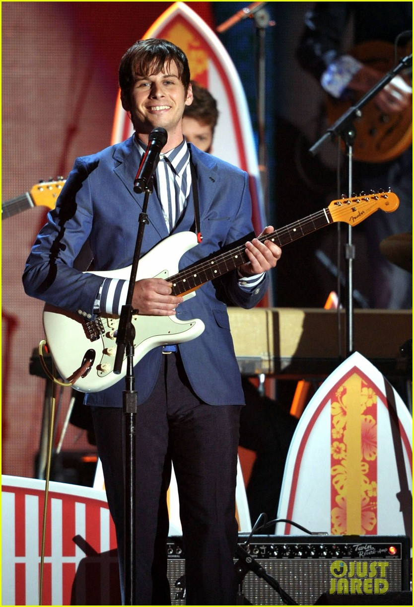 beach boys tribute grammys 02