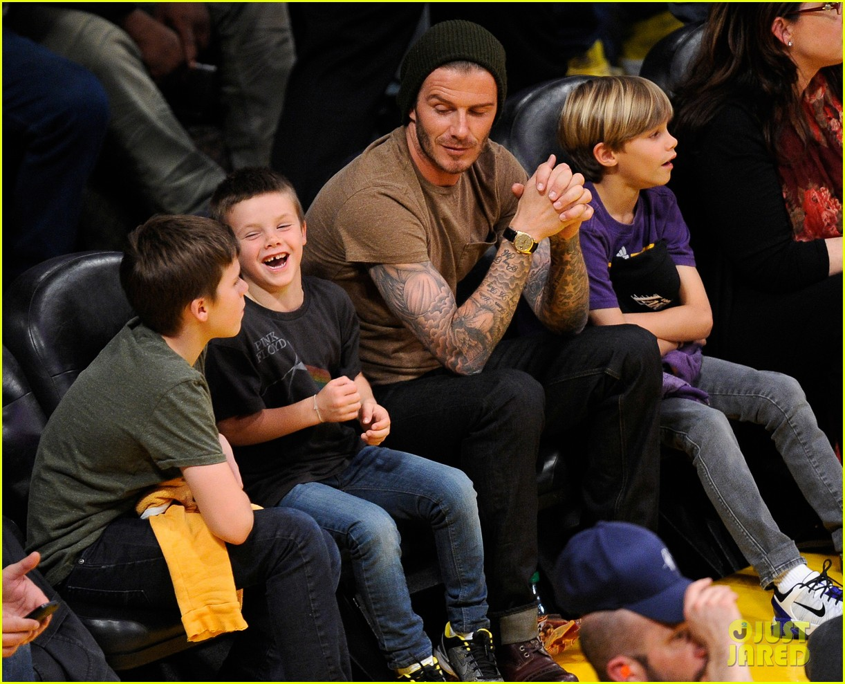 david beckham lakers game with the boys 05