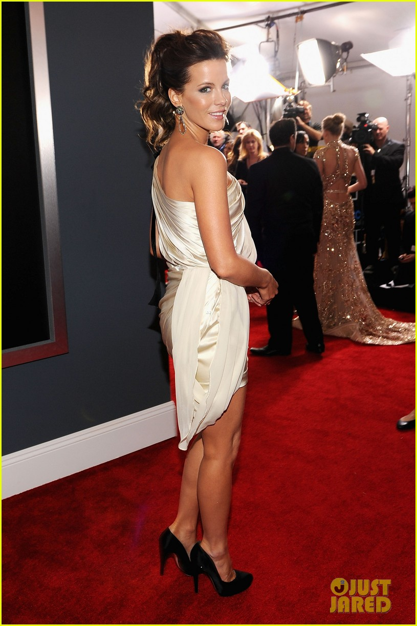 kate beckinsale grammys 032628281