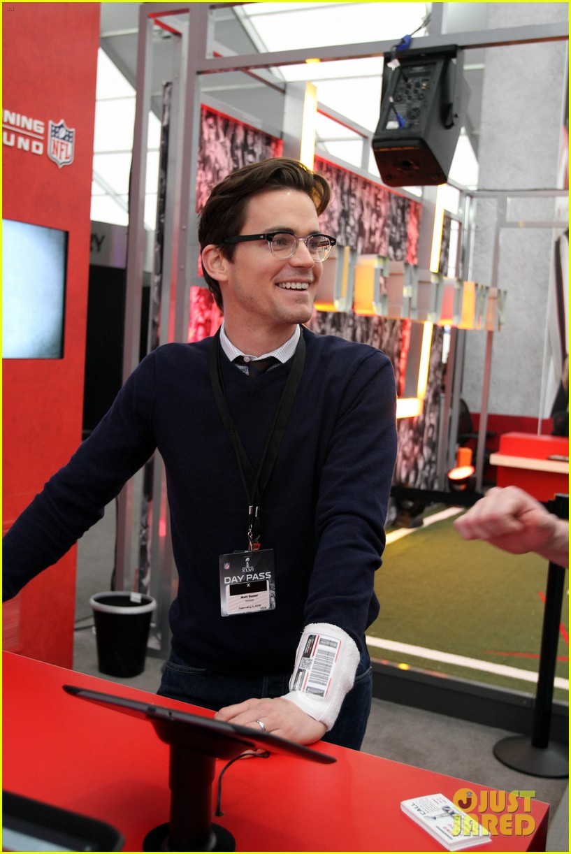 matt bomer super bowl events with son kit 04