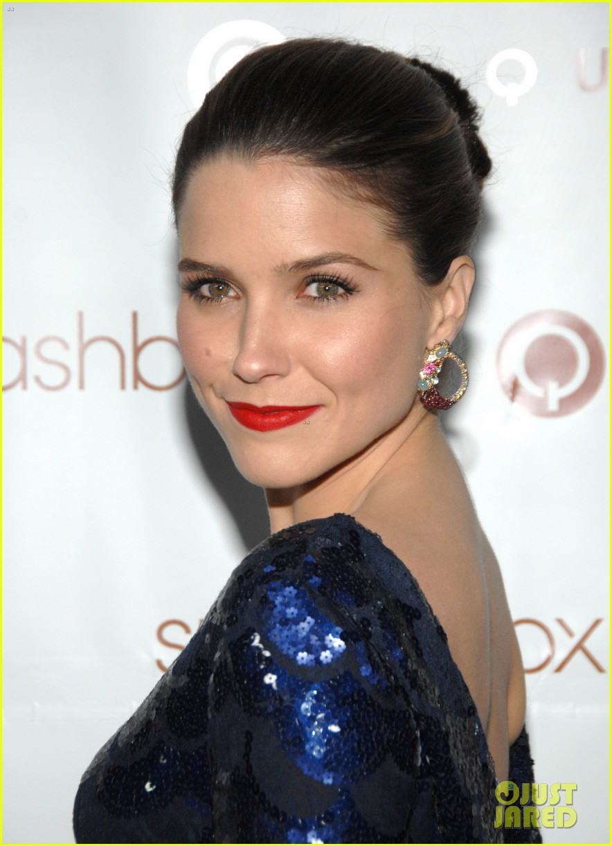 sophia bush pieces of heaven art auction 04