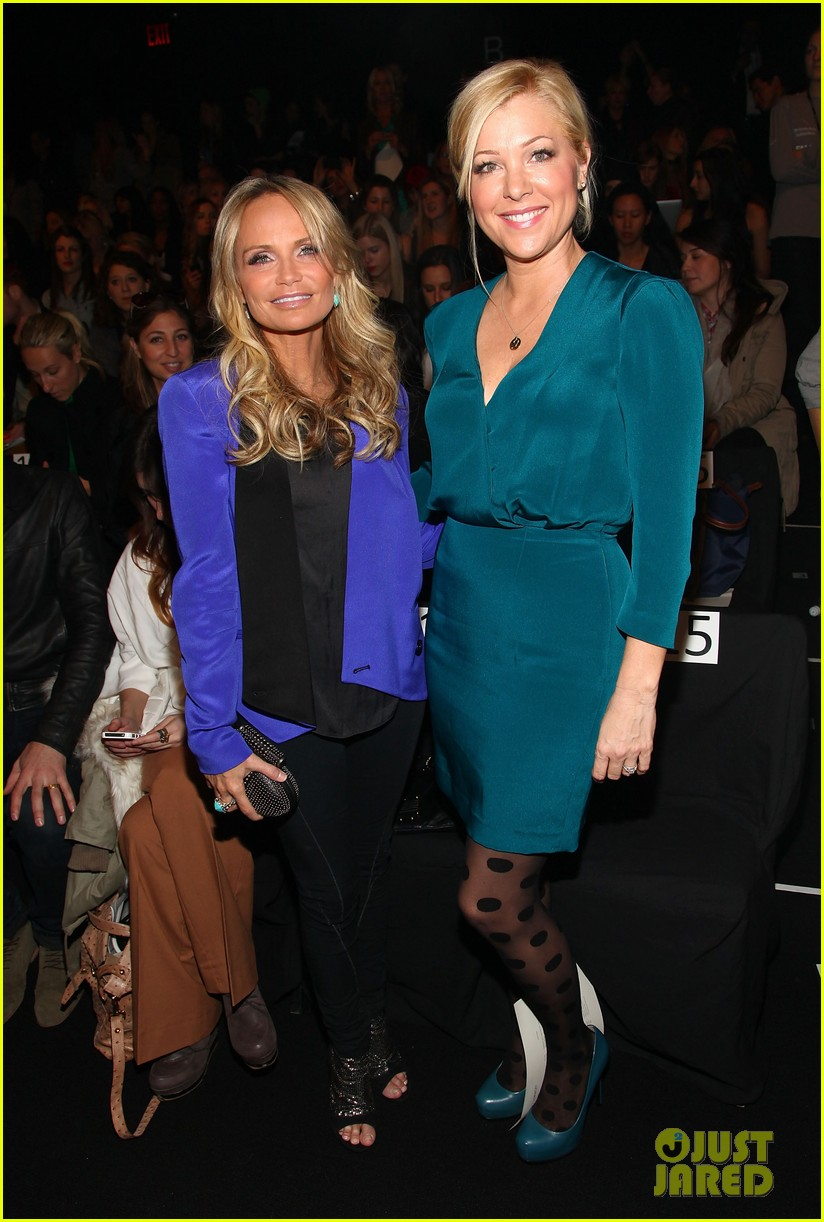 kristin chenoweth nikki reed fashion week 052627453