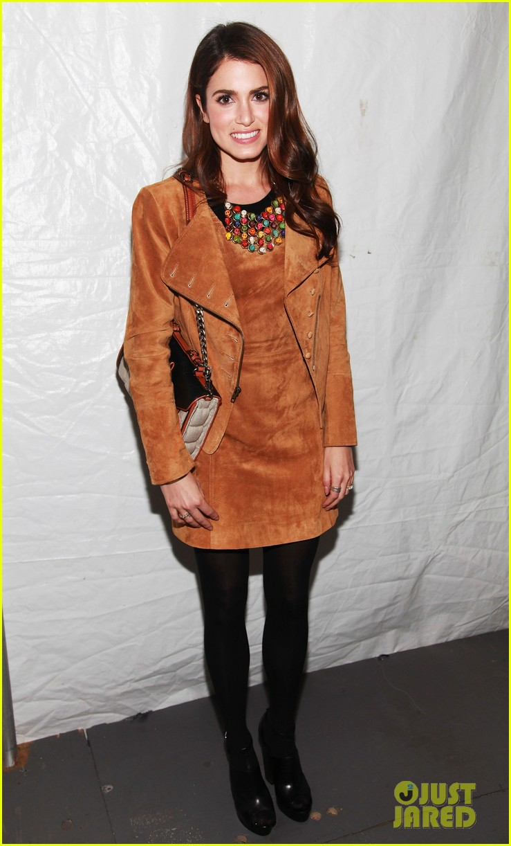kristin chenoweth nikki reed fashion week 06