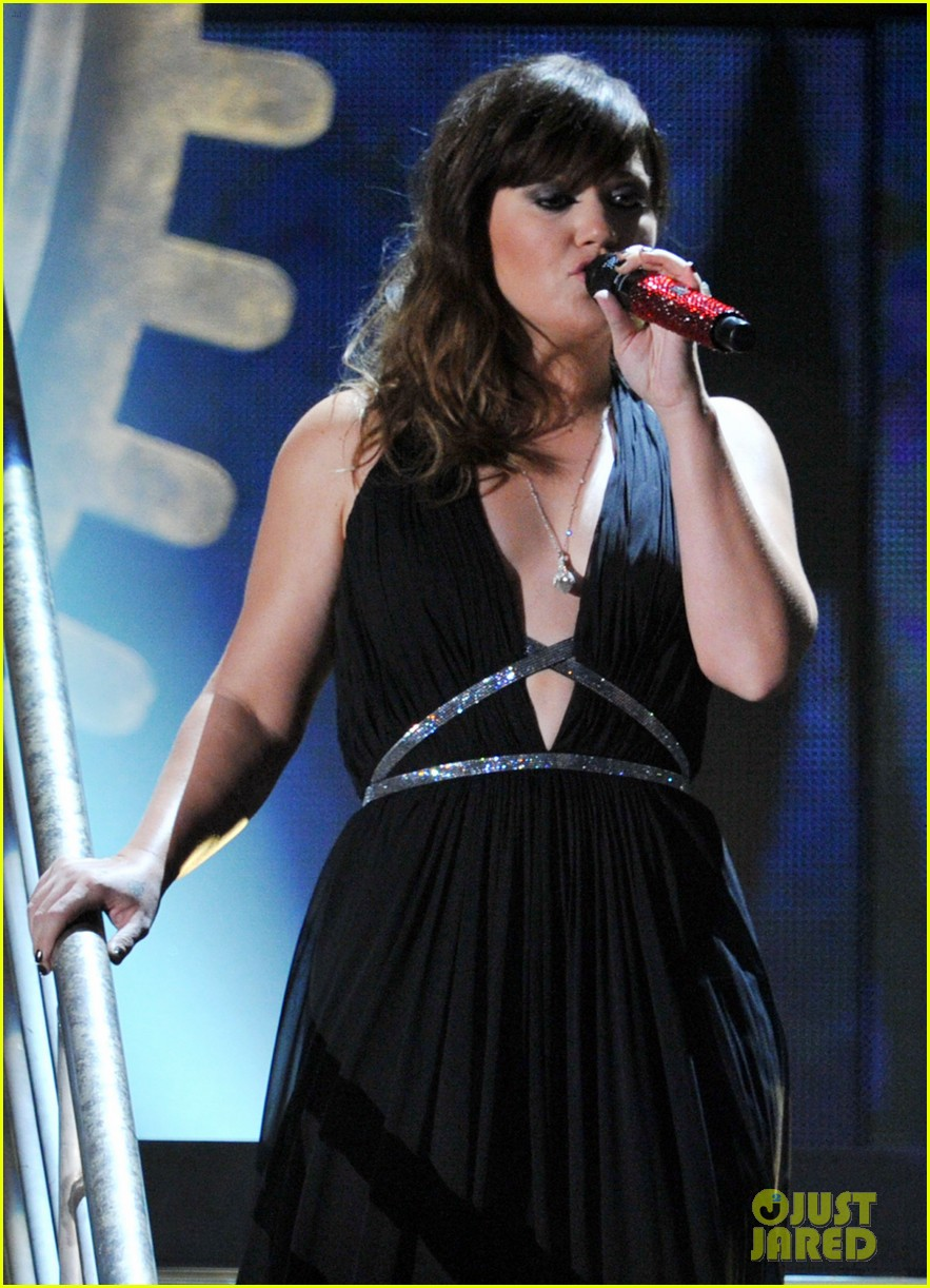 kelly clarkson grammys 05