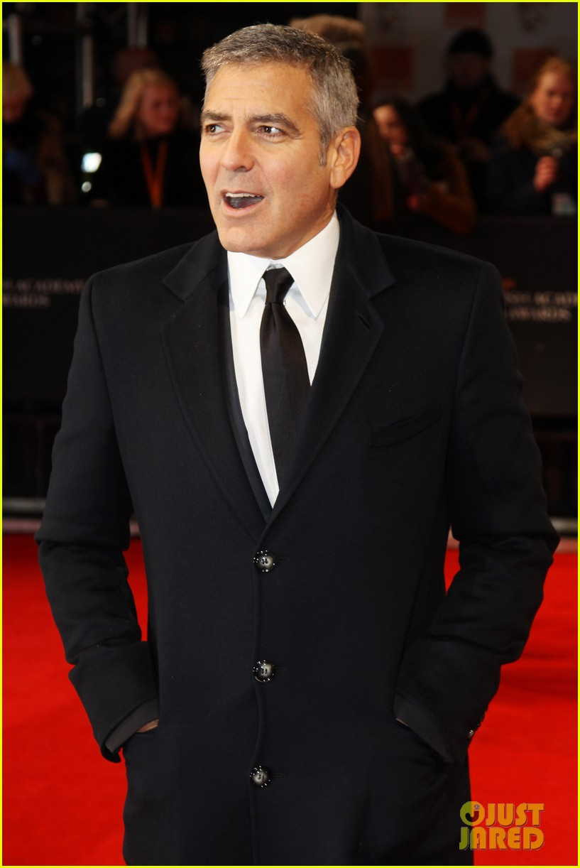 george clooney 2012 baftas red carpet 08