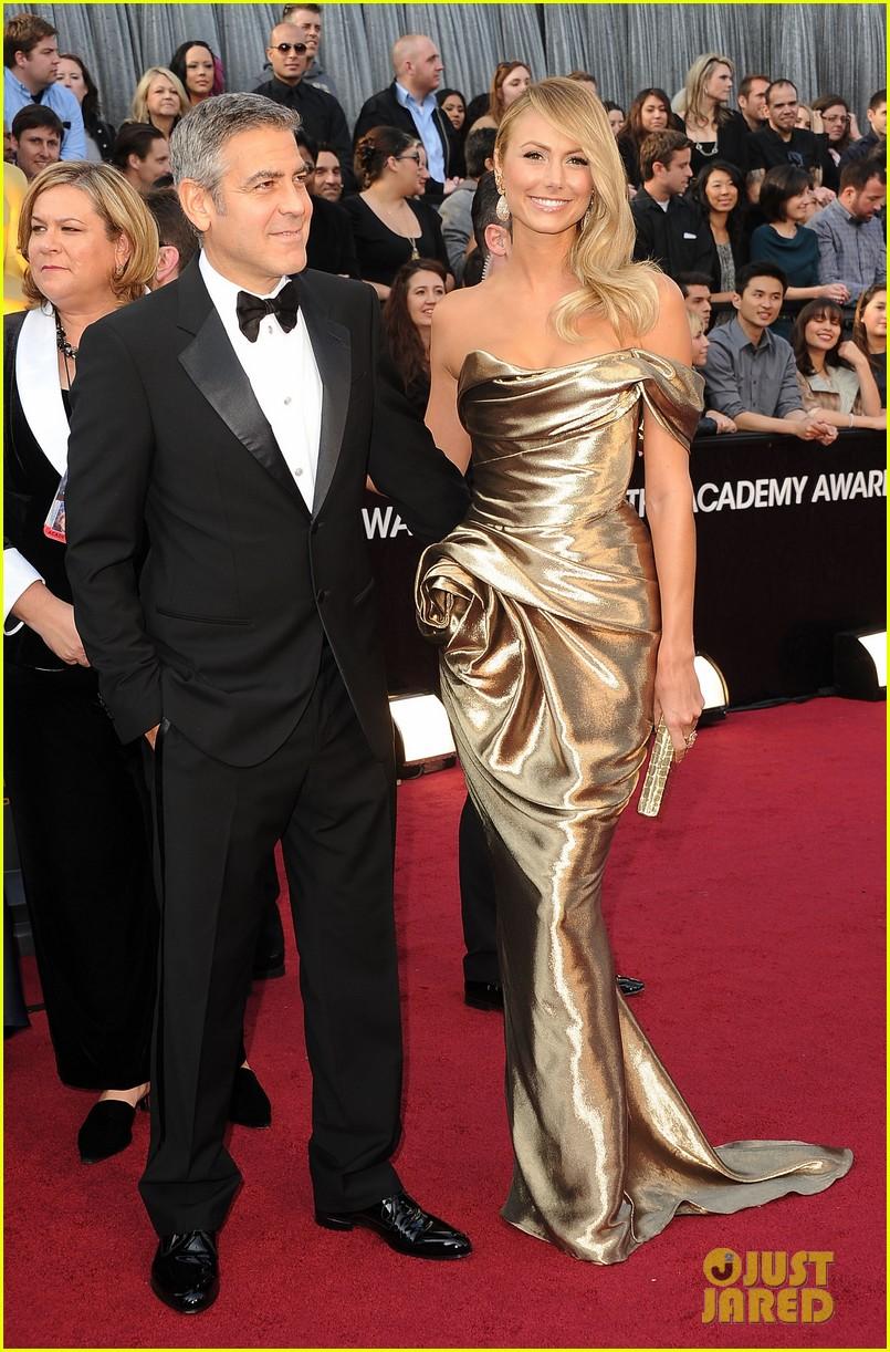 george clooney stacy keibler oscars 2012 022633426