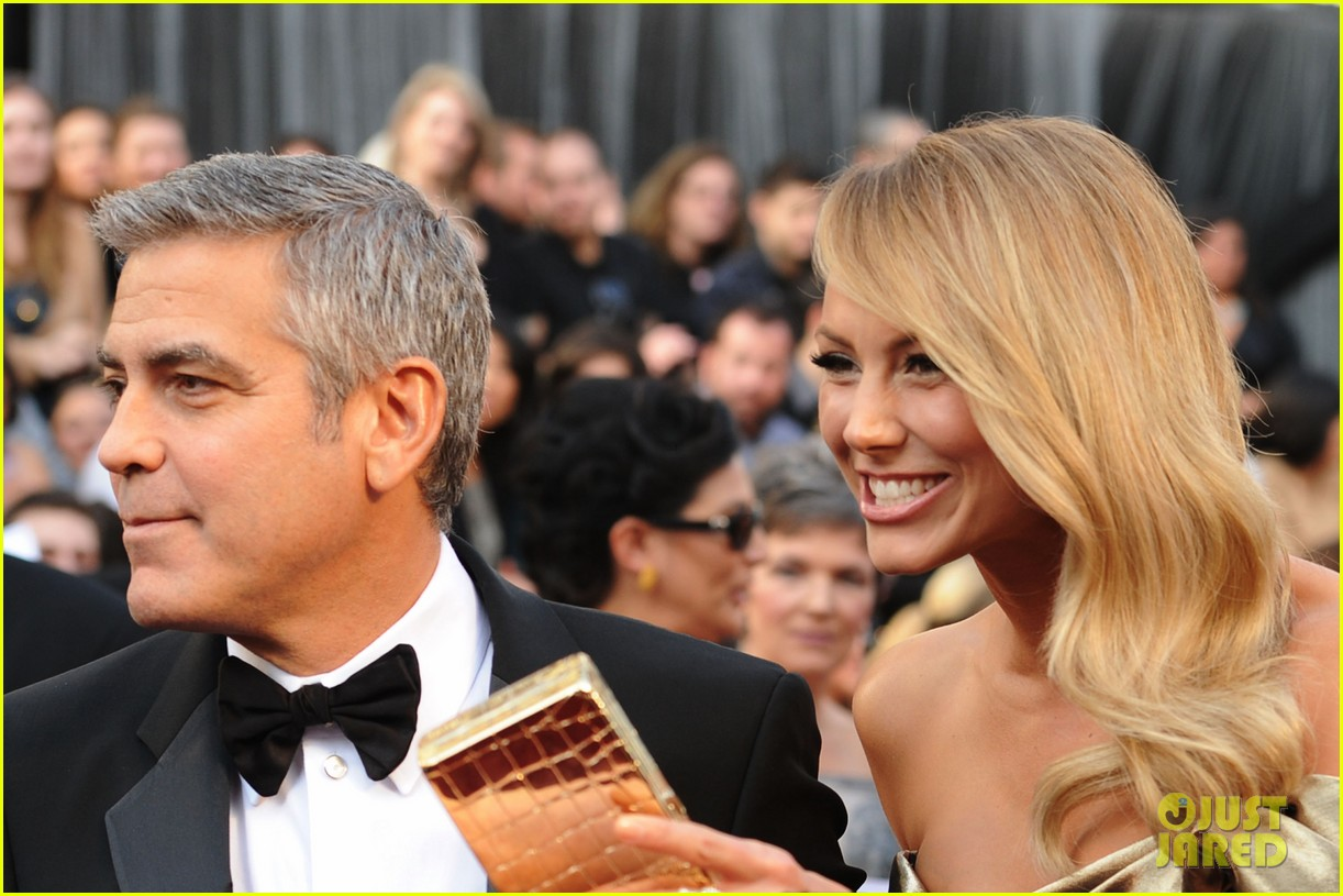 george clooney stacy keibler oscars 2012 06