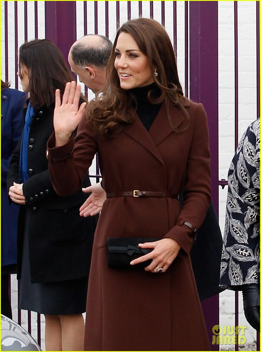 catherine duchess liverpool visit 10
