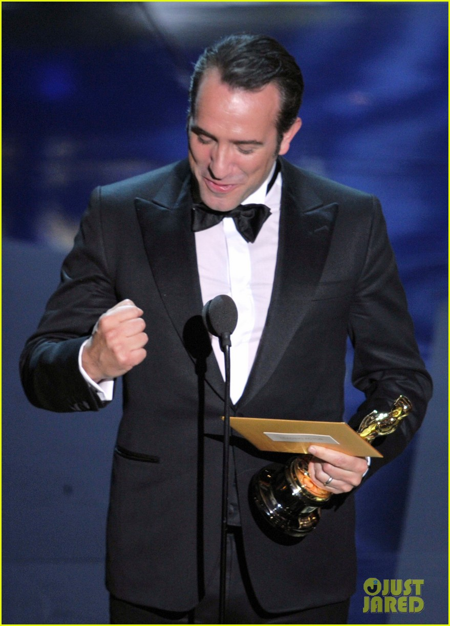 jean dujardin wins oscar 07