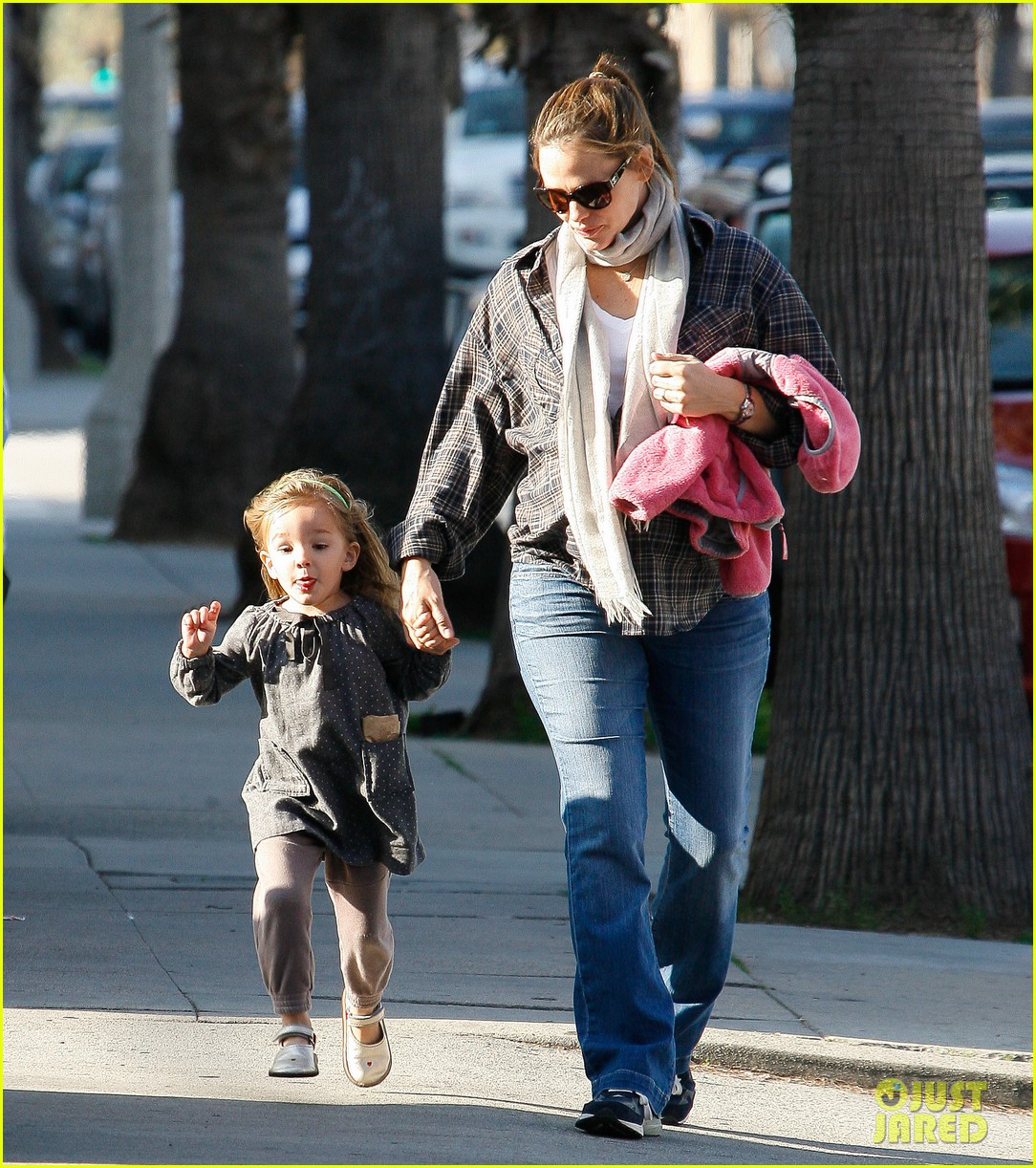 jennifer garner errands 17