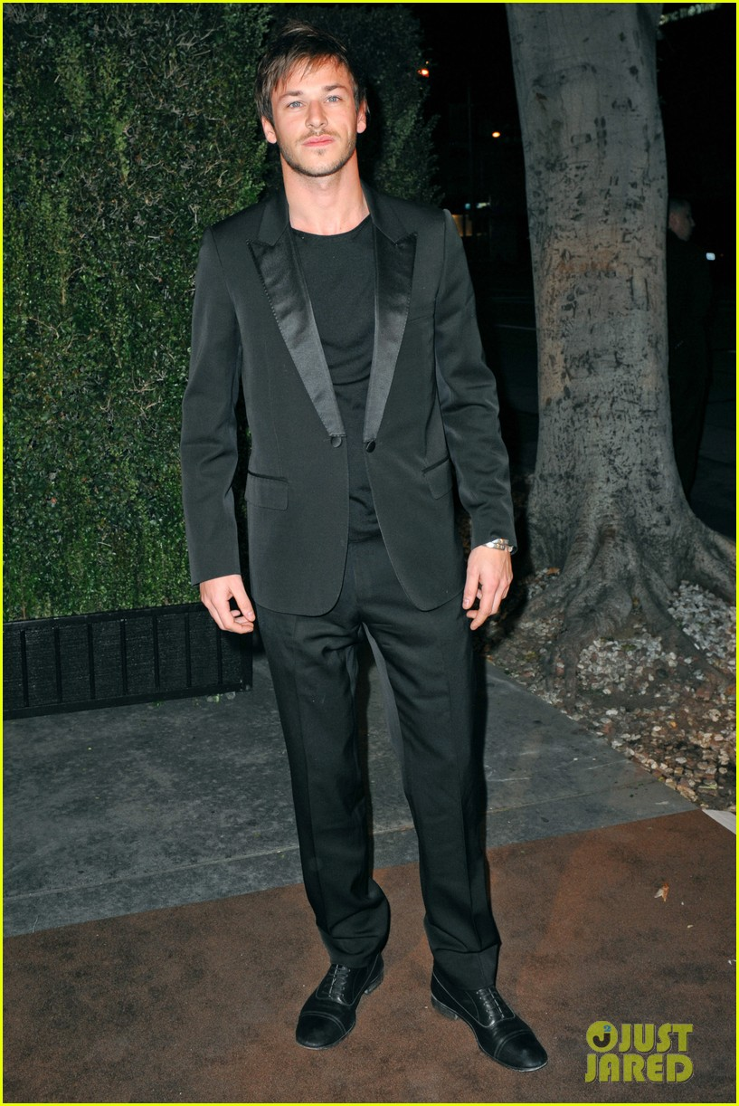 gaspard ulliel chanel pre oscar party zachary quinto 012633346