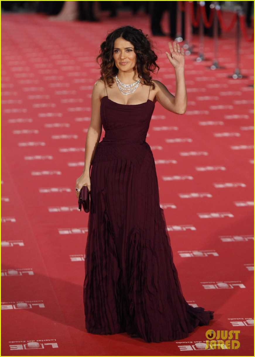 salma hayek goya awards 07