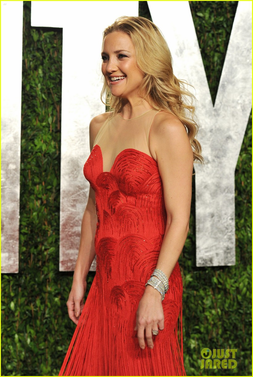 kate hudson vanity fair party 01