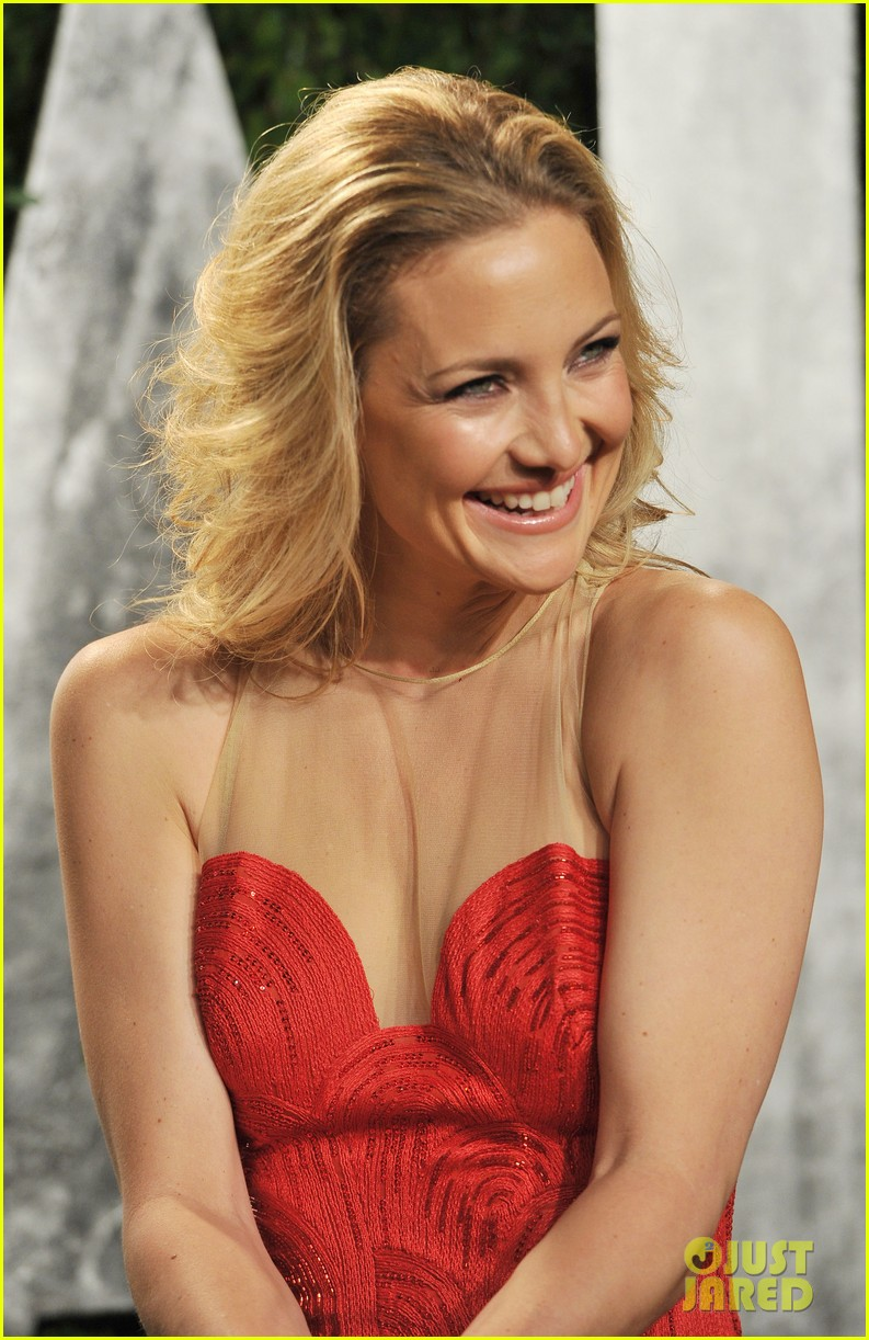 kate hudson vanity fair party 02